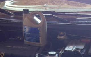 Выбираем какое масло лучше заливать в двигатель на Шевроле Авео