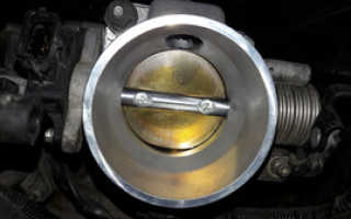 Чем промыть воздушную заслонку двигателя