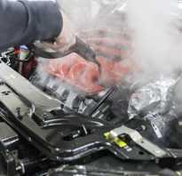 Чем моют двигатель паром