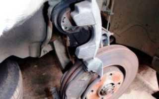 Замена дисков и колодок на Пежо 308, 408