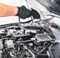 Чем моют автомобильный двигатель