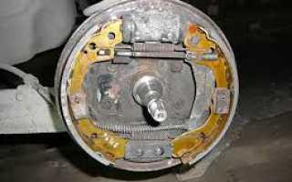 Сервисное обслуживание тормозной системы Шевроле: замена задних колодок Авео