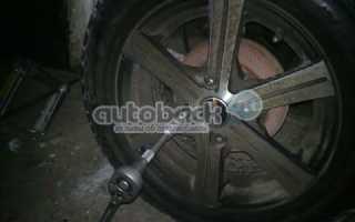 Замена и регулировка задних тормозных колодок на Ниссан Альмера Классик (Nissan Almera Classic)