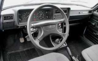 Панель на автомобиль ВАЗ 2107: какую можно поставить